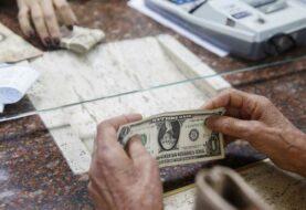 Maduro anuncia 8 casas de cambio en frontera con Colombia