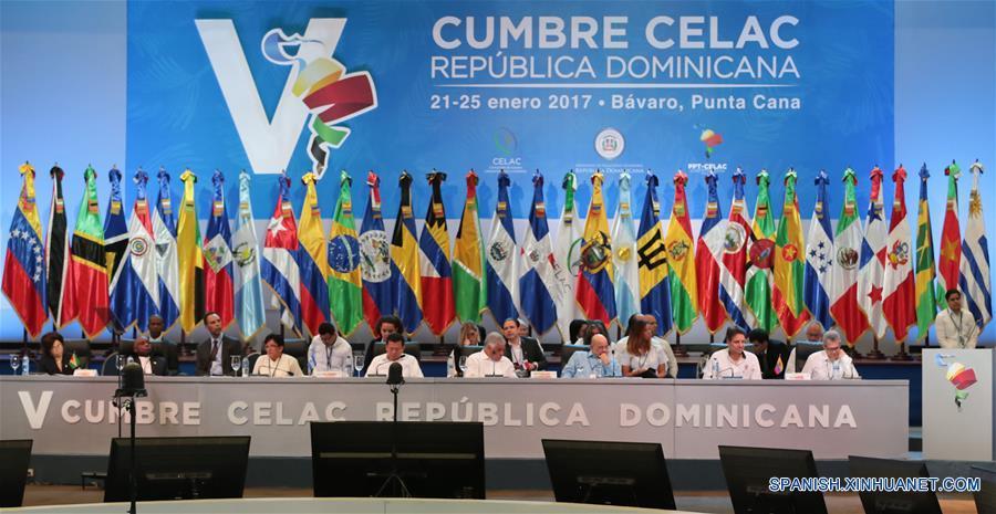 Celac apoya el diálogo en Venezuela y condena criminalización de migración