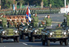 Comienza en La Habana masivo desfile militar por 58 años de la Revolución