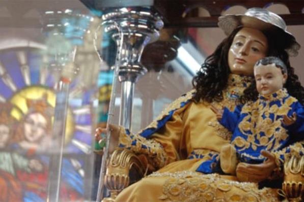 Venezolanos se preparan para la multitudinaria procesión de la Divina Pastora