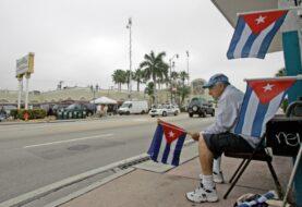 Cubanos de Miami sorprendidos por anuncio del fin de pies secos/pies mojados