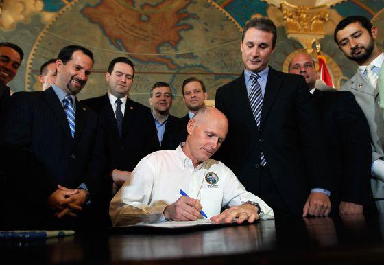Gobernador de Florida prohíbe en su presupuesto invertir en negocios con Cuba