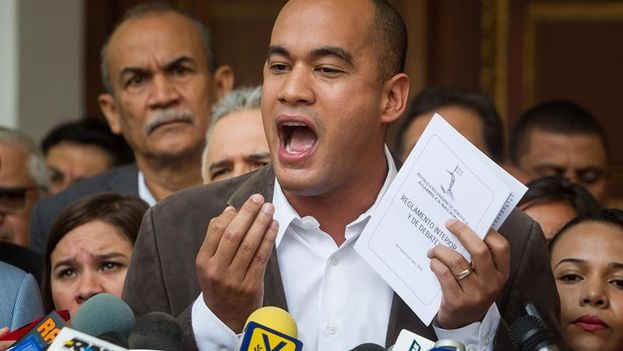 PSUV pide al TSJ declarar nula a la nueva directiva del Parlamento venezolano