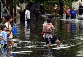 Más de 500 personas evacuadas en provincia argentina por las inundaciones
