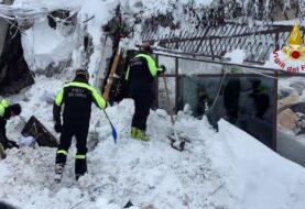 Son ocho los supervivientes hallados hasta ahora en hotel italiano sepultado