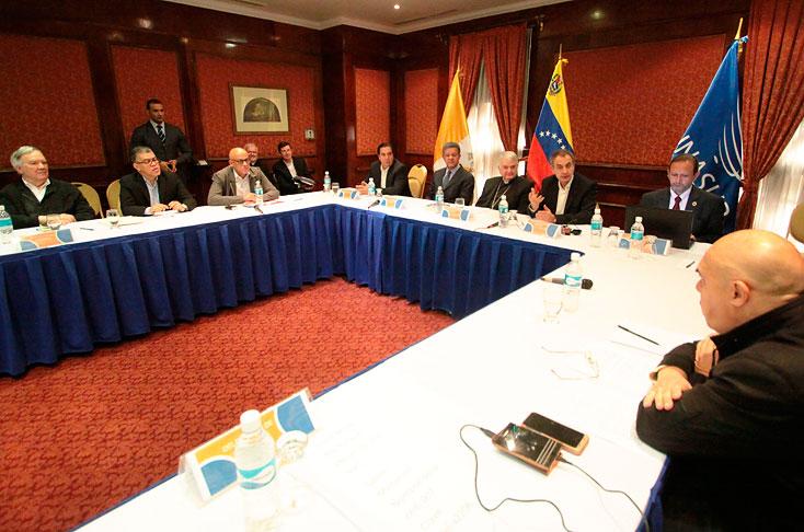 Oposición venezolana abandona definitivamente el diálogo con el Gobierno
