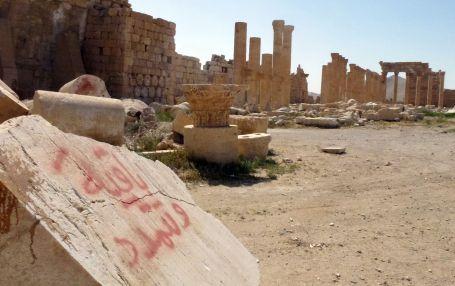 La UNESCO ve como un crimen de guerra los daños causados por el EI en Palmira