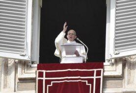 El papa pide a las iglesias que alivien la emergencia en el centro de Italia