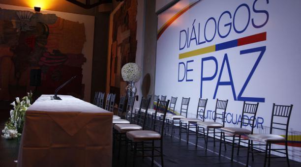 Gobierno colombiano y ELN retoman mañana en Quito contactos para hablar de paz