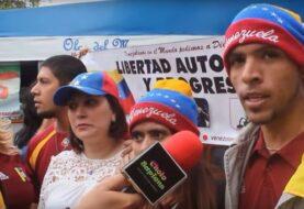 Venezolanos agradecen que Perú les dé residencia tras suspensión del Mercosur