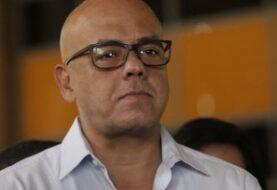 "PSUV acusa al jefe de obispos venezolanos de ""boicotear"" el diálogo"