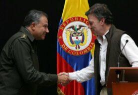 Santos postulará al general retirado Oscar Naranjo como vicepresidente