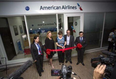 American Airlines abre su primera oficina comercial en Cuba