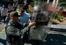 Diputados opositores exigen publicación de cronograma electoral en Venezuela
