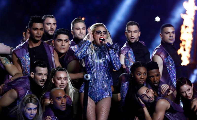 Lady Gaga brilló en el Super Bowl