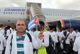 Cuba abre puertas a médicos desertores tras fin del Programa Parole de EE.UU.