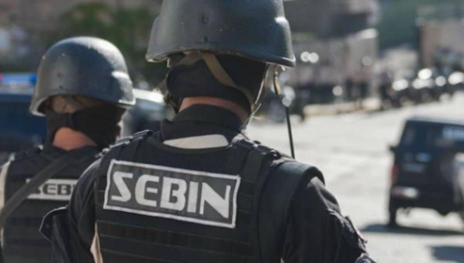 Liberan a dos periodistas brasileños detenidos en Venezuela