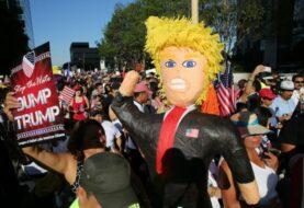 Protestan contra Trump cerca de las actividades del Super Bowl