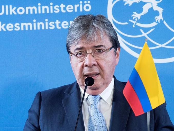 Colombia exige que se respete la integridad de Guaidó y su familia