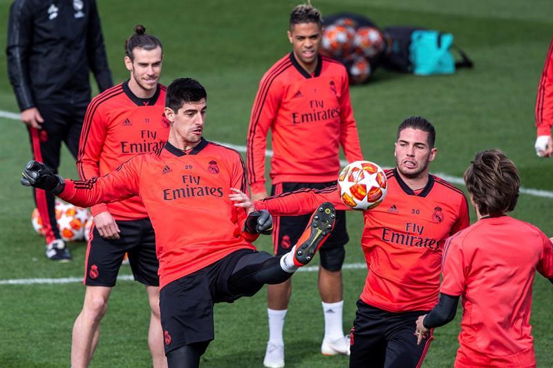 Un Real Madrid golpeado busca su pase a cuartos en Champions