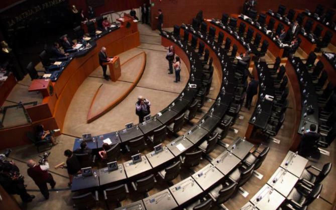 Senado mexicano amplía delitos para juzgar al presidente y a legisladores