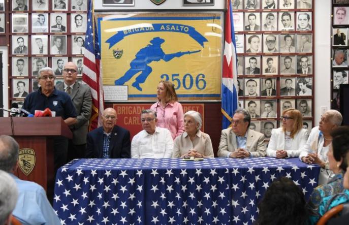 Exilio celebra apoyos para juzgar a Cuba por crímenes de lesa humanidad
