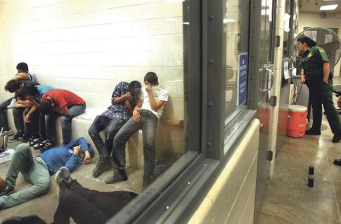 Firma privada reactivará centro de detención para mil indocumentados en EEUU