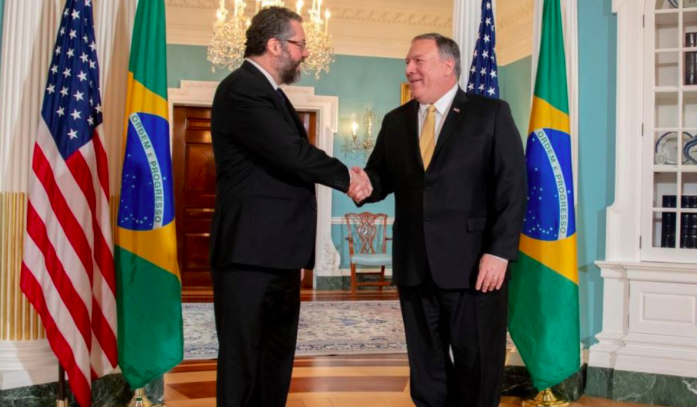 Brasil y EE.UU. hablan sobre la marcha convocada por Guaidó para el 1 de mayo