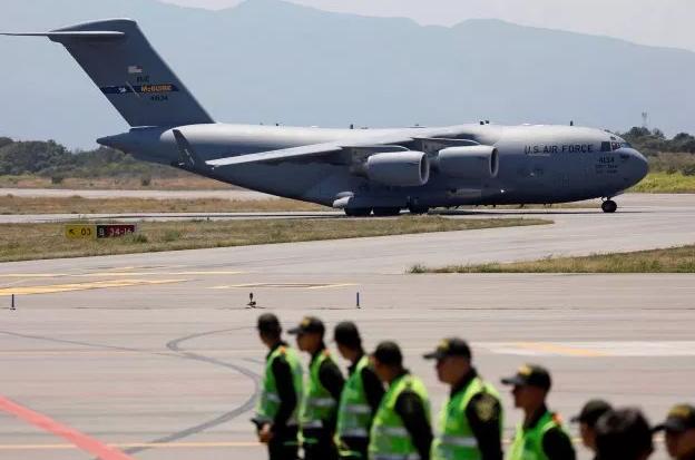 EE.UU. posiciona en Curazao más ayuda humanitaria para Venezuela