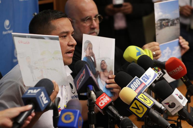 900 indígenas venezolanos desplazados por presiones de Gobierno, según ONG