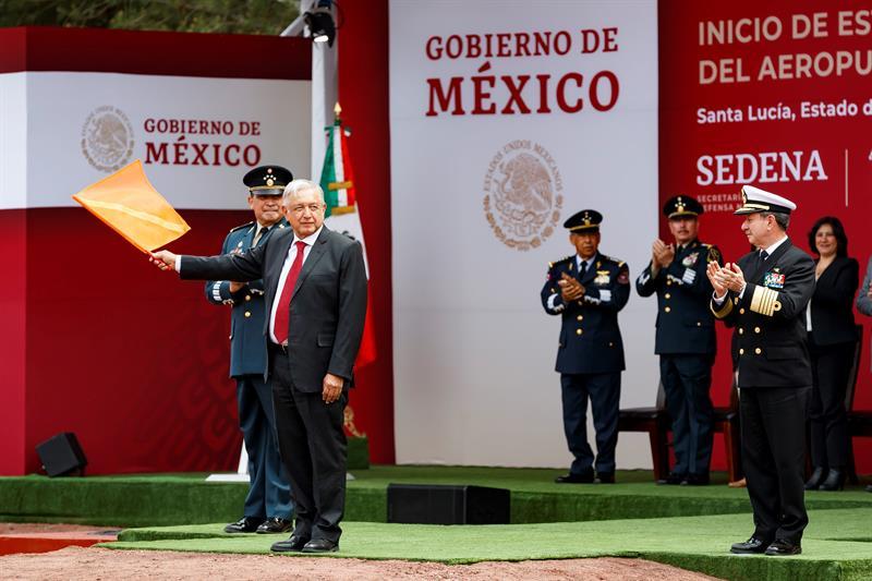 López Obrador inaugura construcción del nuevo aeropuerto de México