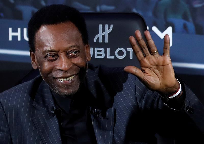 """Pelé tranquiliza a sus fans y asegura que se encuentra """"mucho mejor"""""""