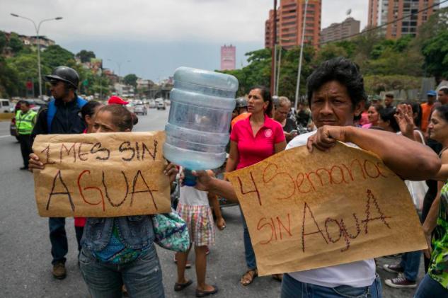 Venezuela entera reclama fallos de servicios públicos