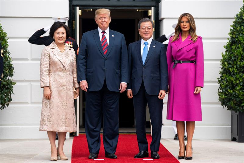 Trump se abre a acuerdos pequeños con Kim