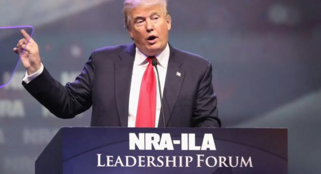 Trump defiende a la Asociación Nacional del Rifle ante pesquisa de Nueva York