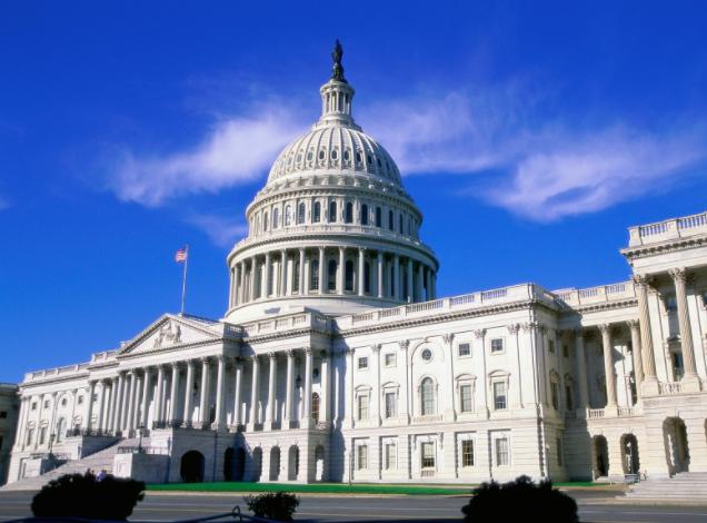 Juez de EEUU apoya petición del Congreso sobre registros financieros de Trump