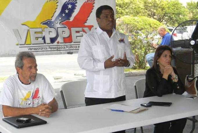 Censan a militares venezolanos en el exilio con vistas a salida de la crisis