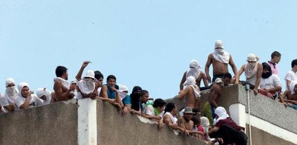 Motín carcelario en Venezuela deja 29 muertos y 22 heridos