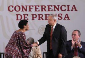 López Obrador se compromete a proteger a las mexicanas de la violencia
