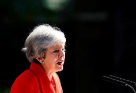 """Theresa May renuncia al no lograr el """"brexit"""""""