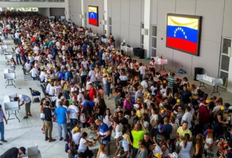 Venezolanos en Florida escogerían a un candidato demócrata, según encuestadora