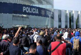 Policías se manifiestan contra la Guardia Nacional en la Ciudad de México