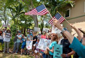 Madres urgen al senador Rubio a hablar de menores migrantes detenidos en EEUU