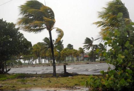 República Dominicana emite alerta de huracán en el este por tormenta Dorian