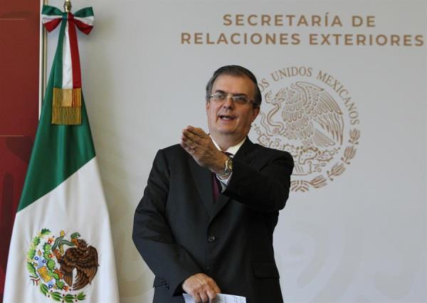México convoca a formar un frente iberoamericano contra la xenofobia