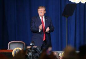 """Trump considera """"seriamente"""" acabar con el derecho a la ciudadanía por nacimiento"""