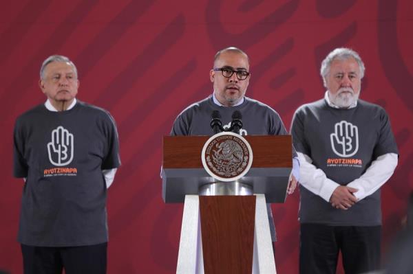 Fiscalía mexicana no descarta citar a Peña Nieto por el caso Ayotzinapa