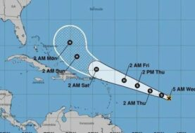 Se forma la tormenta tropical Jerry y huracán Humberto afecta ya a Bermuda