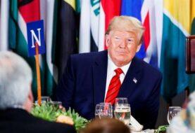 """Trump tacha de """"acoso"""" y """"caza de brujas"""" el anuncio de juicio político"""