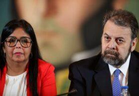 Régimen madurista y un sector opositor presentan una mesa de diálogo